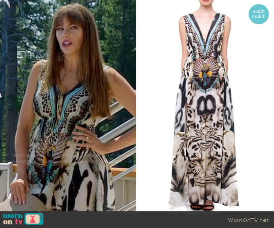 Shahida Parides White Tiger Animal Print Long Slit Maxi worn by Sofia Vergara on Modern Family