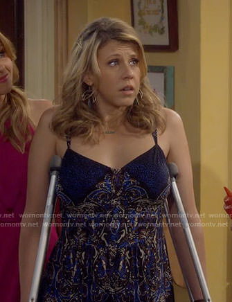 Stephanie's black and blue printed maxi dress on Fuller House