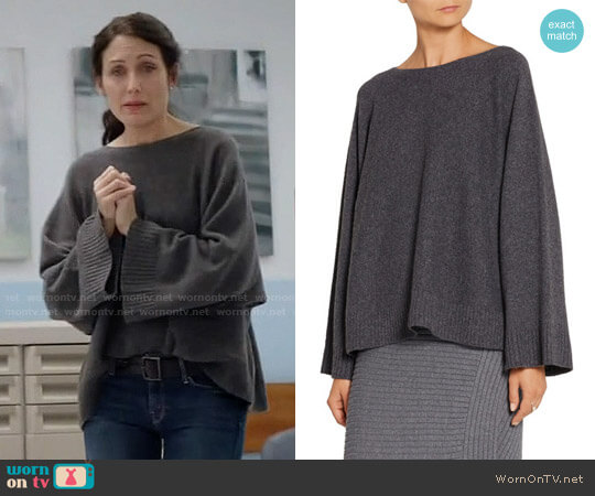 The Row Minola Sweater worn by Lisa Edelstein on GG2D