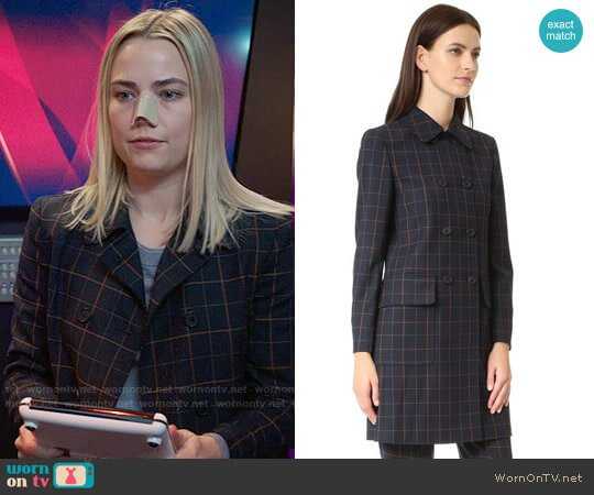 Theory Abla Coat worn by Anna (Rebecca Rittenhouse) on The Mindy Project