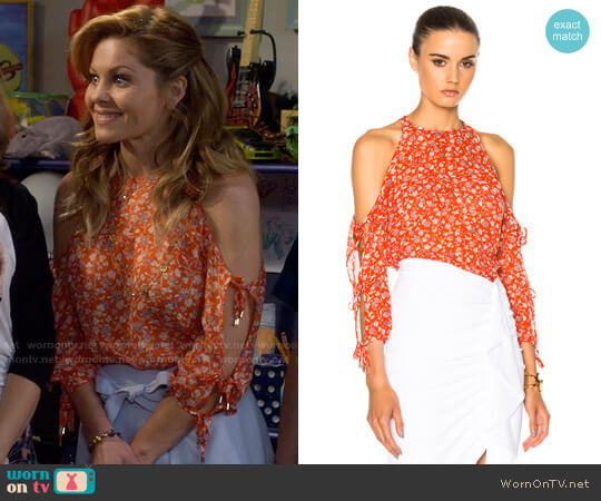 Veronica Beard Flynn Top worn by DJ Tanner-Fuller (Candace Cameron Bure) on Fuller House