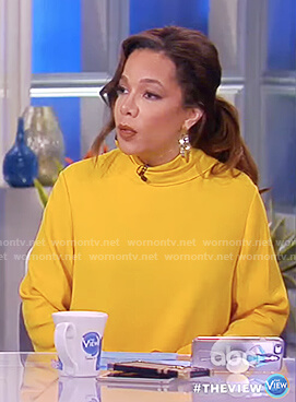 Sunny's yellow tie sleeve top on The View