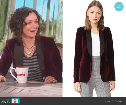 Macey Fitted Velvet Tuxedo Jacket by Alice + Olivia worn by Sara Gilbert  on The Talk