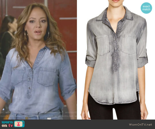 Pullover Top by Bella Dahl worn by Leah Remini on Kevin Can Wait