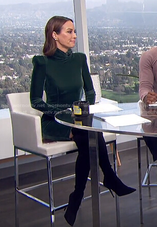 Catt's green velvet turtleneck dress on E! News Daily Pop