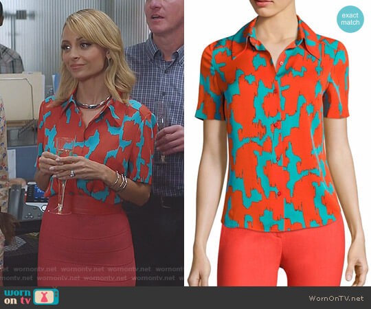 Print Stretch Silk Shirt by Diane von Furstenberg worn by Nicole Richie on Great News
