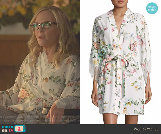 Lucifer Boo Normal: WornOnTV: Linda's White Floral Robe On Lucifer