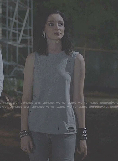 Lorna's grey distressed sleeveless top on The Gifted
