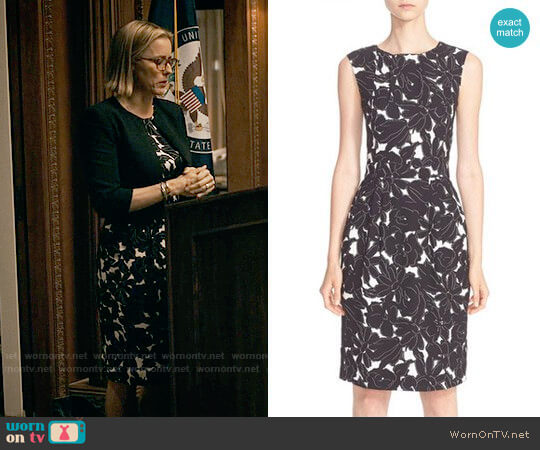 Oscar de la Renta Floral Print Stretch Silk Dress worn by Téa Leoni on Madam Secretary