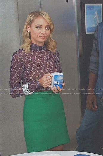 Portia's Purple mesh top and green mini skirt on Great News