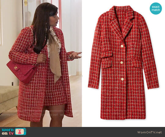 Salvador Perez Single Breasted Opera Coat  worn by Mindy Lahiri (Mindy Kaling) on The Mindy Project