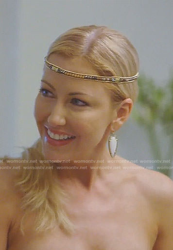 Stephanie's white arrowhead earrings on The Real Housewives on Dallas