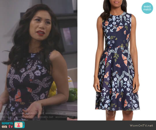 Jennesa Kyoto Gardens Dress by Ted Baker worn by Eve Roberts (Liza Lapira) on 9JKL