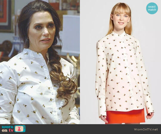 Bee Print Button Down Top by Victoria Beckham for Target worn by D'Andra Simmons  on The Real Housewives of Dallas