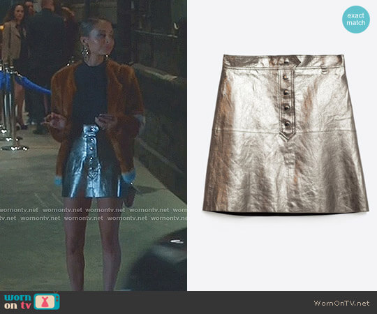 Metallic Leather Skirt by Zara worn by Portia Scott-Griffith (Nicole Richie) on Great News