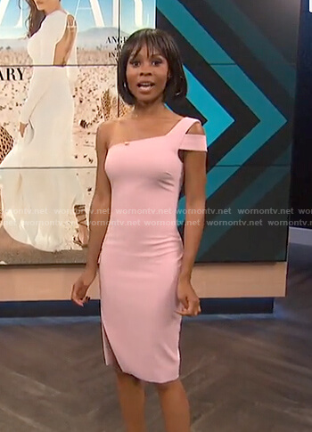 Zuri's pink one shoulder dress with front slit on E! News