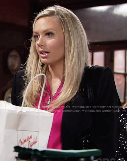 Abby's pink zip-front top and embellished tote bag on The Young and the Restless
