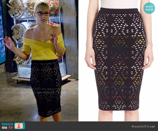 Alice + Olivia Ani Skirt worn by Felicity Smoak (Emily Bett Rickards) on Arrow