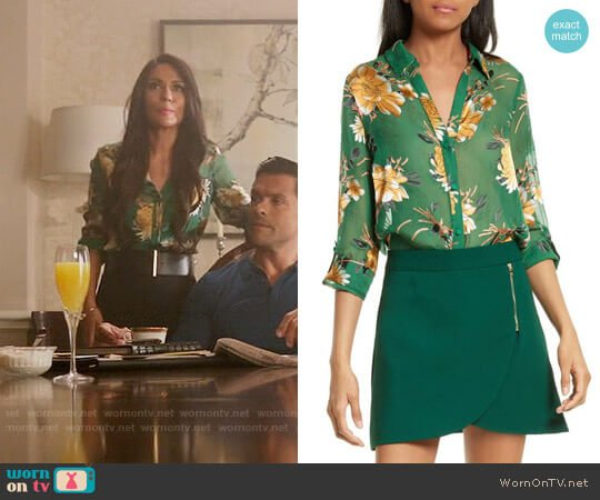 Alice + Olivia Eloise Top in Ivy worn by Marisol Nichols on Riverdale