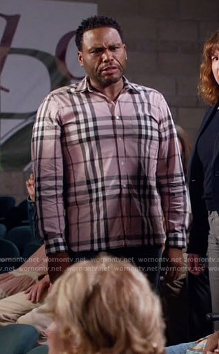 Andre's light pink checked shirt on Black-ish