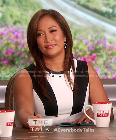 Carrie Inaba's black and white sleeveless dress on The Talk