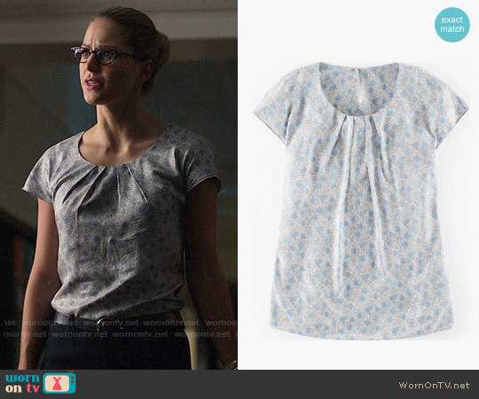 Boden Ravello Top Frosty Blue Scribble Spot worn by Melissa Benoist on Supergirl