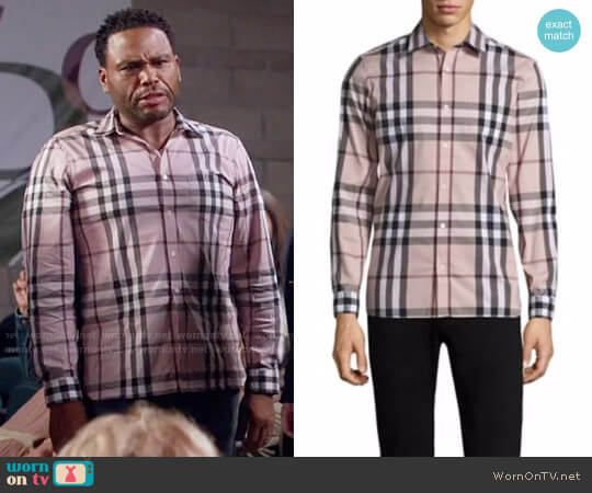 Burberry Nelson Shirt in Chalk Pink worn by Anthony Anderson on Blackish