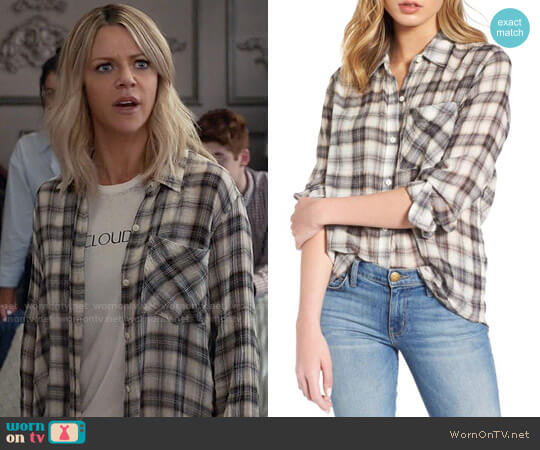 Current/Elliott The Everyday Shirt in Crescent Moon worn by Kaitlin Olson on The Mick