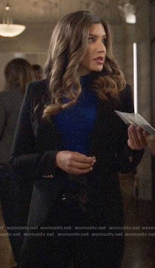 Dinah's black blazer on Arrow