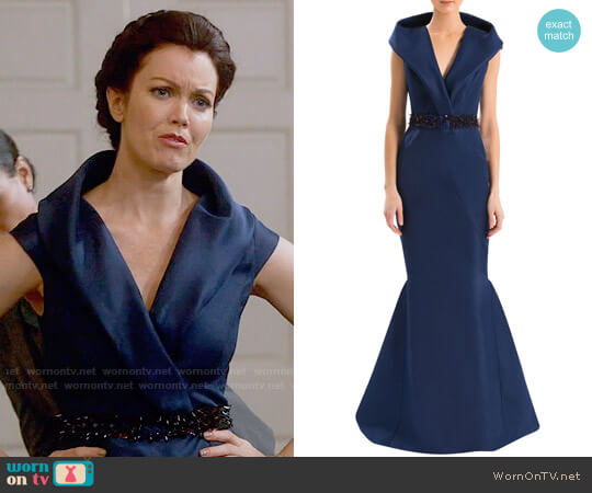 J Mendel Shawl Collar Gown worn by Mellie Grant (Bellamy Young) on Scandal