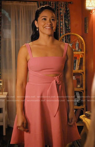 Jane's pink tie-front dress on Jane the Virgin