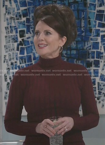 Karen's burgundy ribbed sweater and plaid pants on Will and Grace