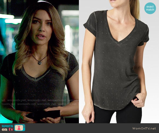 Paige Charlie Mini Studs Tee worn by Dinah Drake (Juliana Harkavy) on Arrow