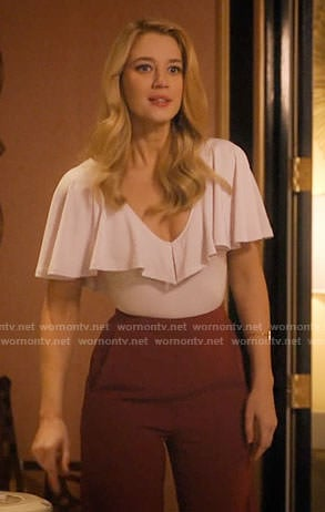 Petra's pink ruffled top on Jane the Virgin