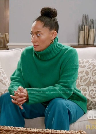 Rainbow's green turtleneck sweater on Black-ish