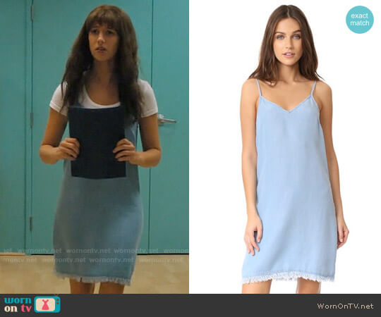Splendid Chambray Slip Dress worn by Anezka Archuletta (Yael Grobglas) on Jane the Virgin