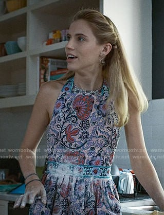 Stevie's apron on Madam Secretary