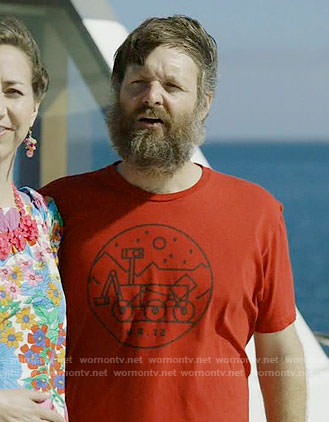 Tandy's Mars Rover graphic tee on Last Man on Earth