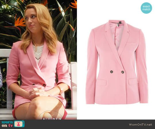 Topshop Double Breasted Suit Jacket worn by Yael Grobglas on Jane the Virgin