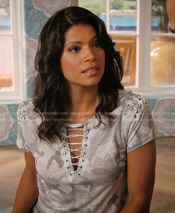 Xiomara's grey camouflage lace-up tee on Jane the Virgin