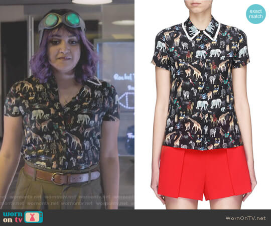 Willa Ruffle Collar Animal Print Silk Top by Alice + Olivia worn by Ariela Barer on Marvels Runaways