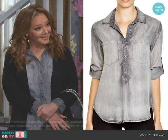 Pullover Top by Bella Dahl worn by Vanessa Cellucci (Leah Remini) on Kevin Can Wait