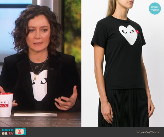 Logo Print T-Shirt by Comme Des Garcons PLAY worn by Sara Gilbert (Sara Gilbert) on The Talk