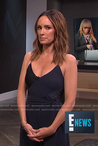 Catt's navy v-neck jumpsuit on E! News