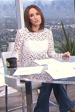 Catt's white lace top on E! News Daily Pop