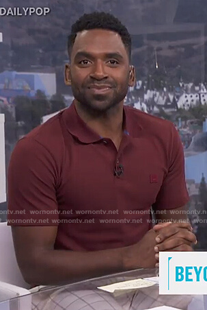 Justin's red polo shirt on E! News Daily Pop