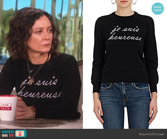 Je Suis Heureuse Cashmere Sweater by Lisa Perry worn by Sara Gilbert  on The Talk