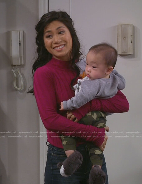 Eve's pink ribbed sweater on 9JKL
