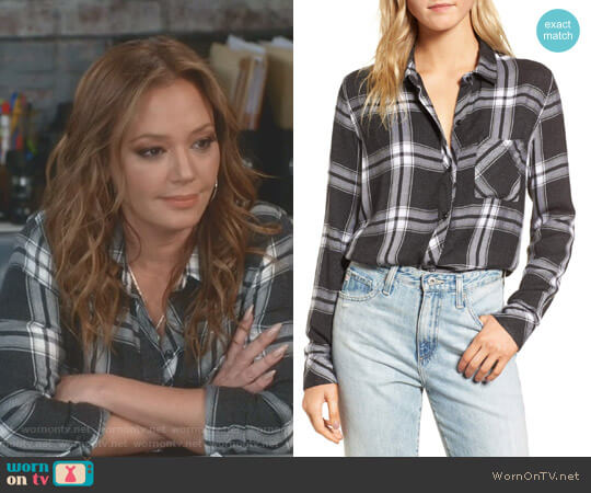 'Hunter' Shirt by Rails worn by Leah Remini on Kevin Can Wait