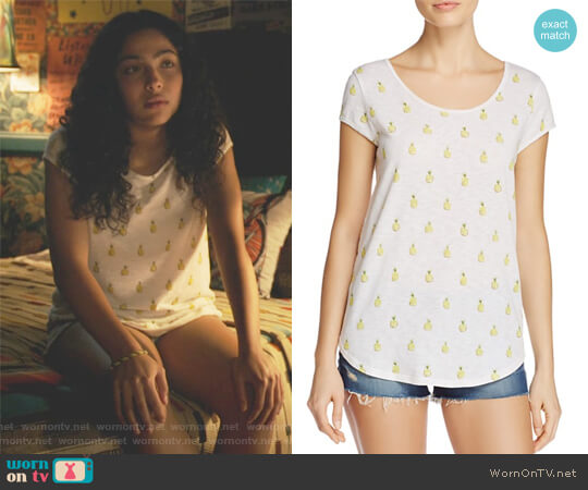 Jeslyn Pineapple-Print Tee by Soft Joie worn by Allegra Acosta on Marvels Runaways